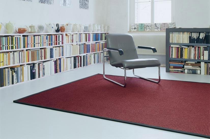 Divano Rosso Cuscini : Cuscini per divano rosso beautiful charming pittura a olio bella
