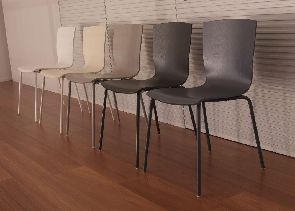 Caslini arredamenti marchi for Colico design sedie