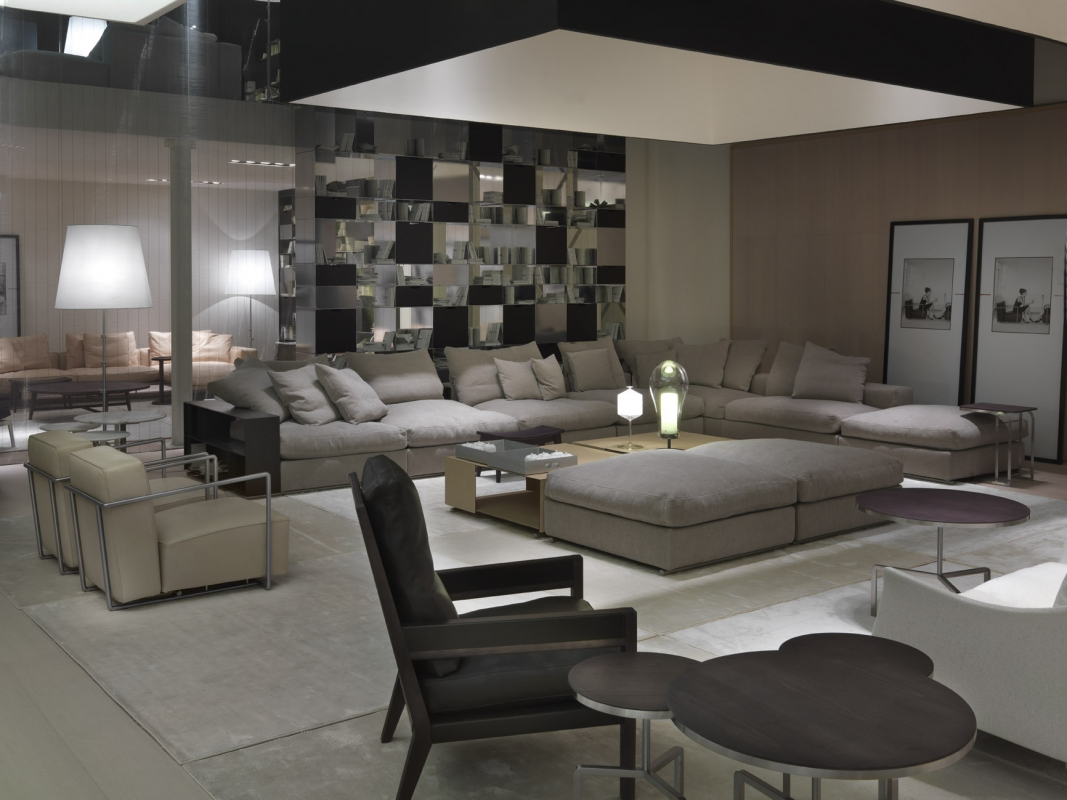 Caslini arredamenti marchi for Flexform divani prezzi